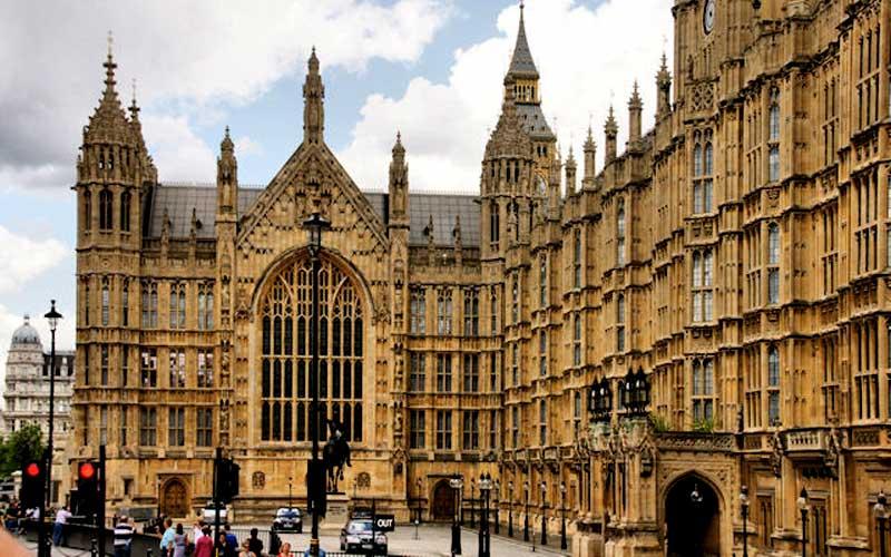 parliament-close-up1
