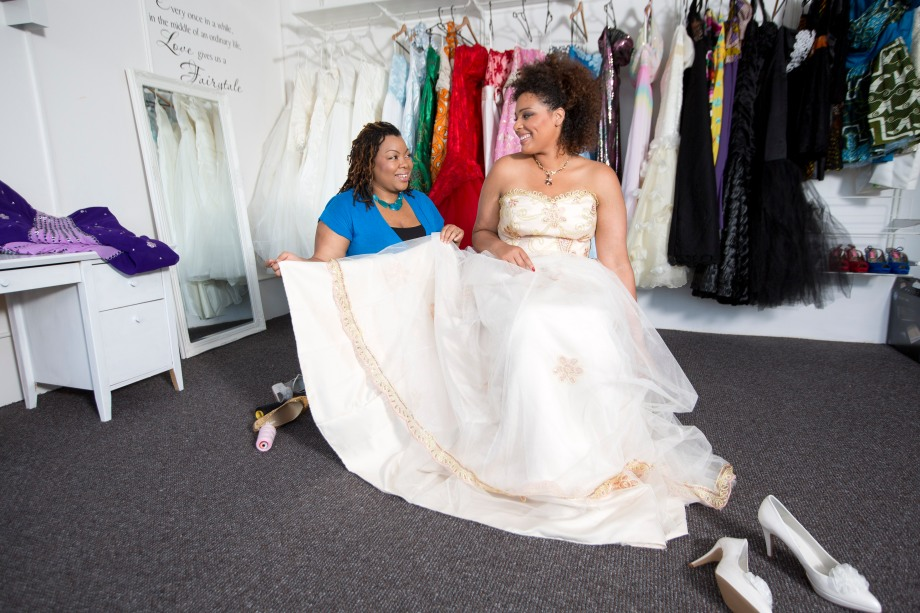 06/08/2012 Sun Features FAO Lucy Gardner Pictured is Kemi Farquharson who is the first plus size wedding designer. Her business is called Loving Your Curves and is based in Tooting in London