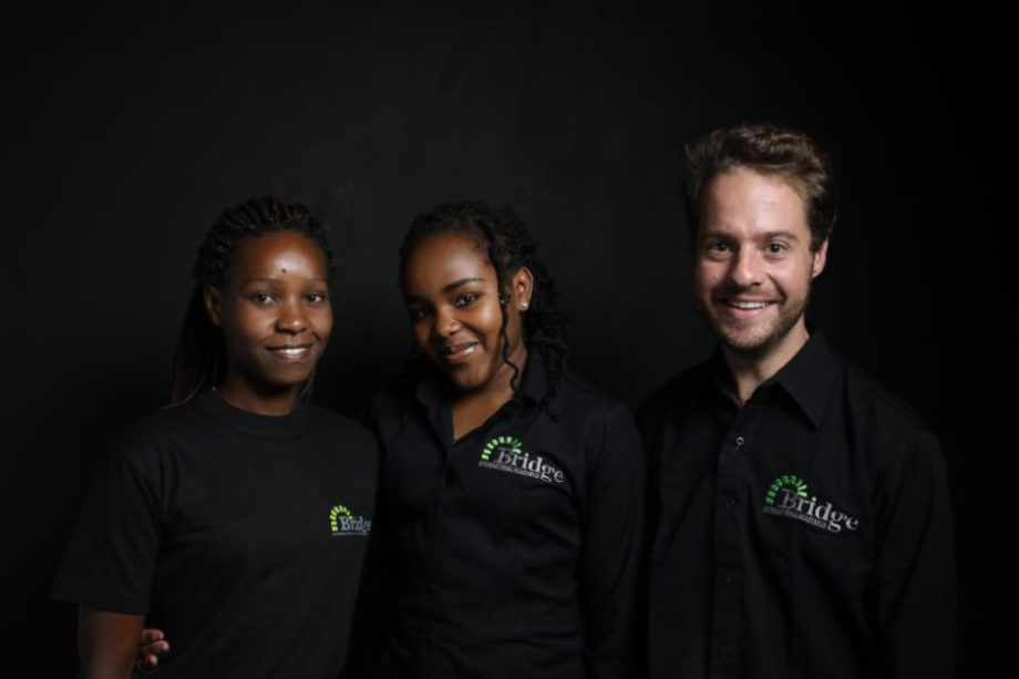 Staff-in-black-shirts-e1513002686954